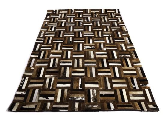 cowhide rug 5 x 7 (R 36)