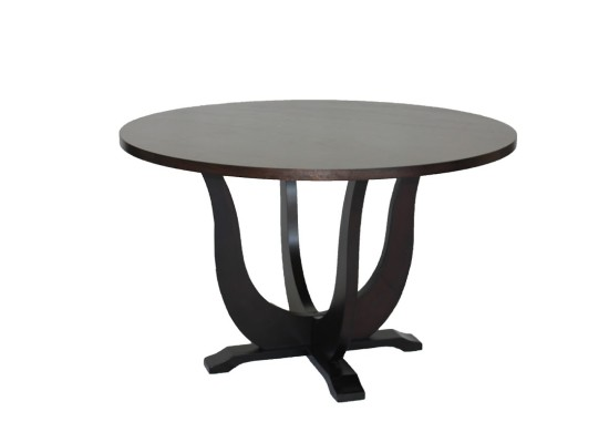 Lia dining table (47 inch)