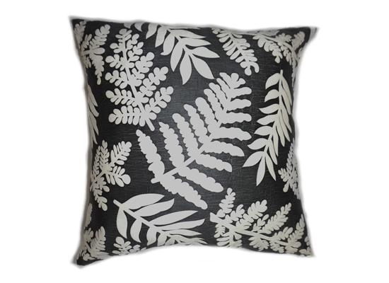 Leaf Pillow (PLL 45)
