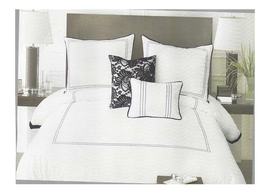 lace bedding set (queen)
