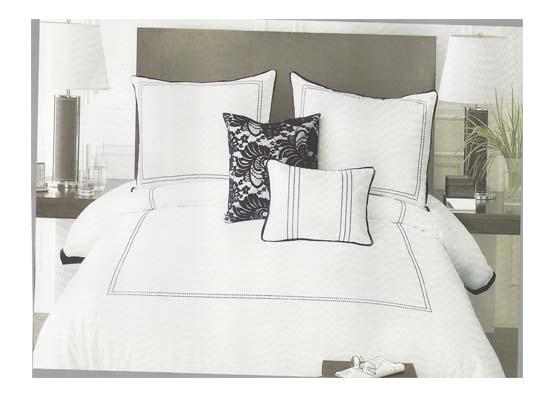 lace bedding set (queen)
