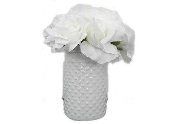 white roses (flo 52)