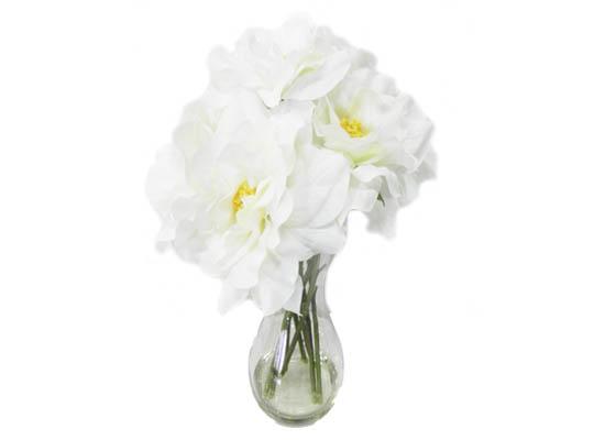 white roses (flo 106)