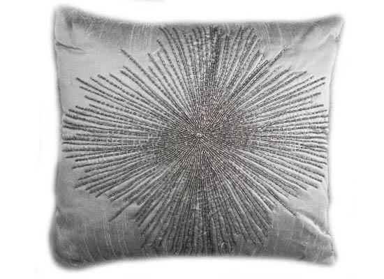 pillow (pll 142)