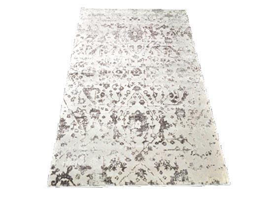 silk rug 5 x 8 (r 116)