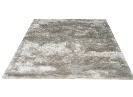 silver shag rug (r 171)